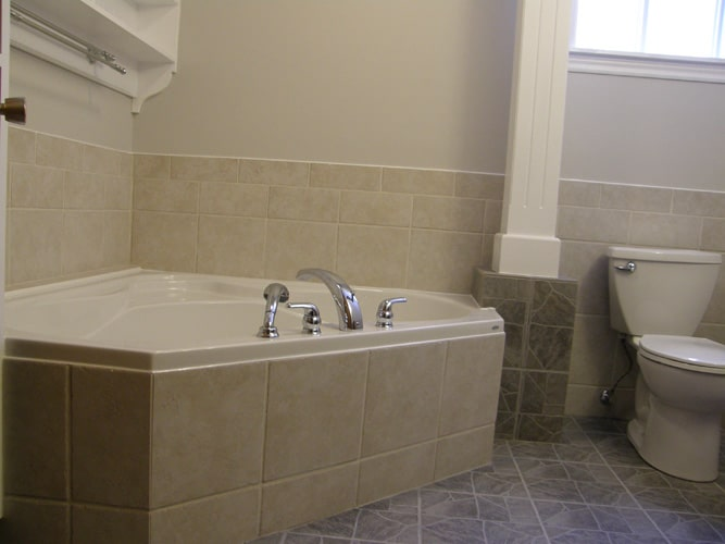 Custom bath tub tiled renovation Simcoe